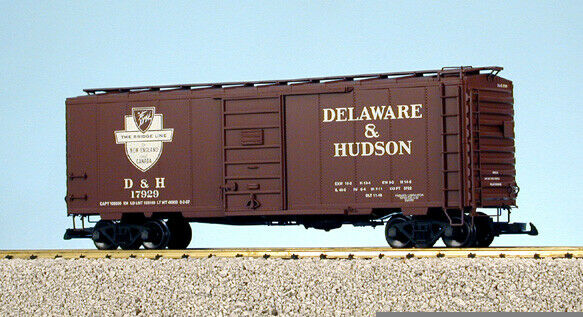 USA Trains G Scale 6 ft. Panel Door PS1 Box Car R19222A Delaware & Hudson - Box