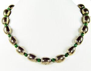 Schoene-Halskette-aus-Edelsteinen-Pyrit-in-Fassform-m-Zwischenperlen-aus-Fuchsit
