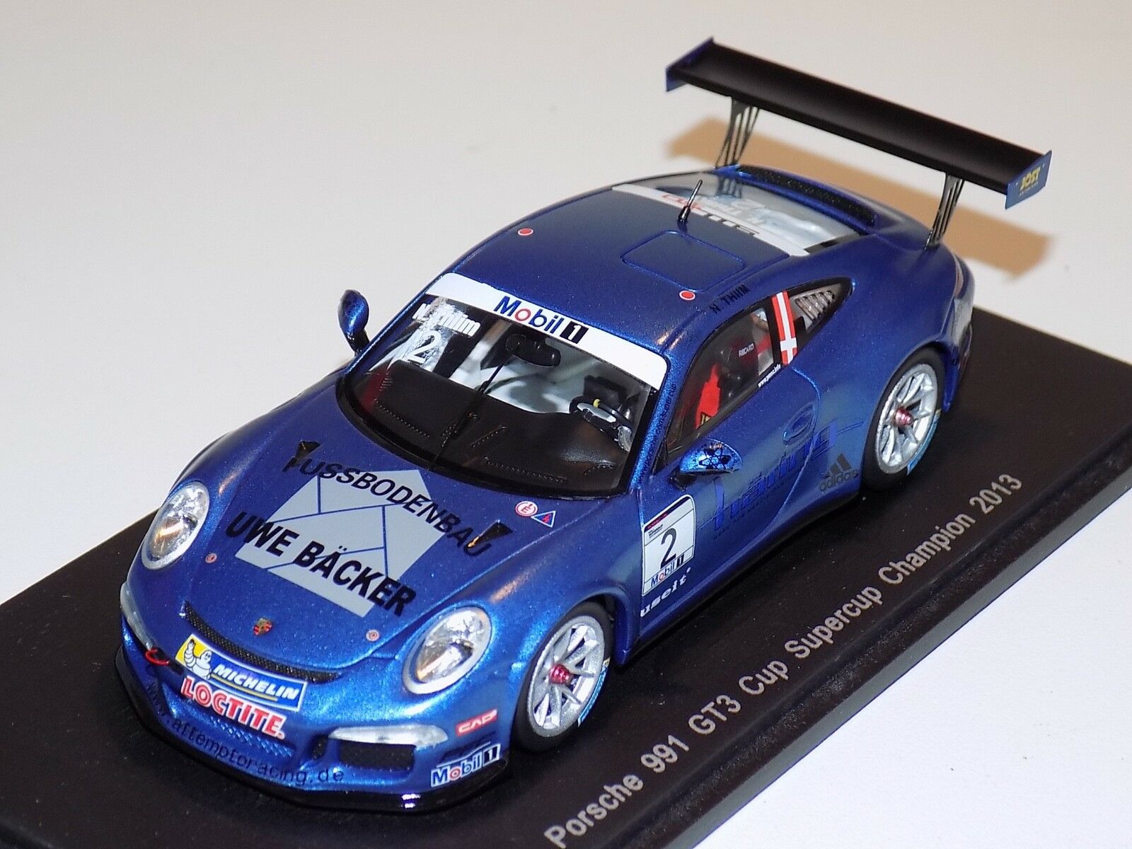 1 43 Spark Porsche 911  997    car  2 2013 Supercup Champion S4186