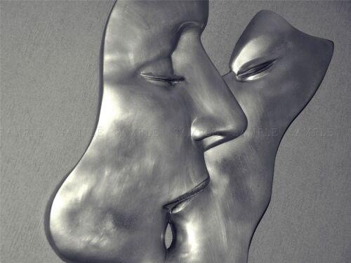 PHOTO SCULPTURE INSTALLATION METAL MAN WOMAN KISS LIPS CHROME POSTER BMP10241