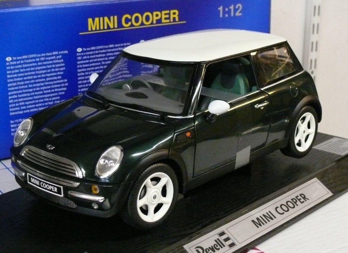 NEW MINI COOPER, 1 12ème METAL, BRG, parties ouvrantes - REVELL référence 08452