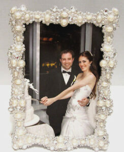 Pearls-and-Crystals-Jeweled-Silver-Plated-4X6-034-Wedding-Picture-Photo-Frame