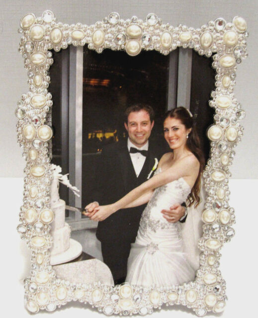 White Pearls And Crystals Jeweled Gold Plated 4x6 Wedding Picture Photo Frame Frames Home Decor