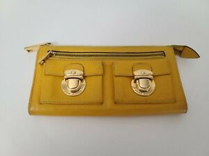 Marc-Jacobs-Classic-Leather-Zip-Clutch-Wallet-Yellow-100-Authentic