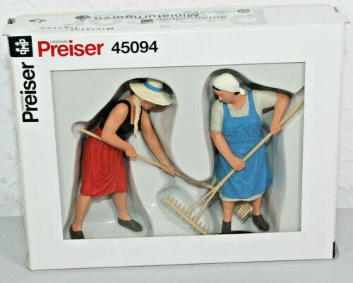 NP85 Preiser 45094 Spur G 2 Bäuerinen bei der Heuernte für LGB