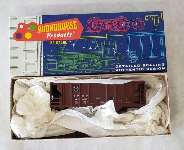 HO Roundhouse/MDC Kit 35' 2 Bay Covered Hopper Santa Fe/ATSF 82882 NIB