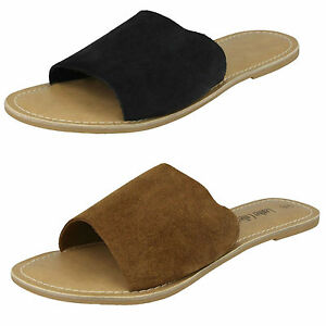 Ladies Leather Collection Flat Open Toe Mule  F00072