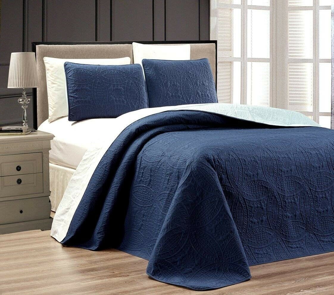 blueeeeeE  LIGHT blueeeeeE Oversize  ORNATO  Reversible Bedspread QUEEN   FULL Embossed