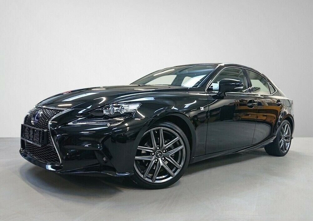 Lexus IS300h 2,5 aut. 4d - 549.900 kr.
