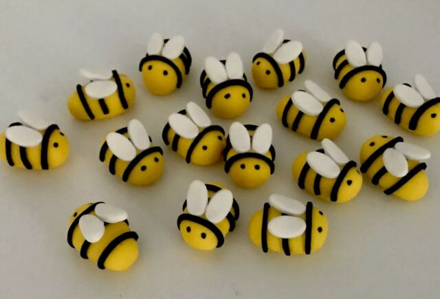 BEES EDIBLE CAKE TOPPERS X 12 - 2.0-2.5CM LONG - VERY CUTE!!