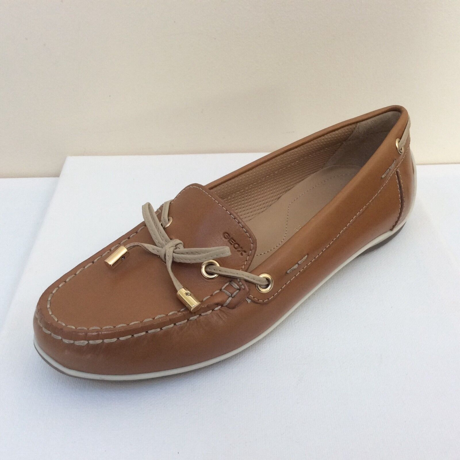 Geox Yuki 37, tan leather loafers, UK 4/EU 37, Yuki   BNWB 946b4b