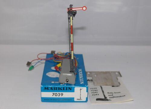 MÄRKLIN MARKLIN H0 7039 446 segnale principale ottimo in or ++++ 1974 box