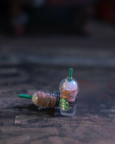 Marvel Legends 1//12 Lot de 2 Starbucks Café//Cappuccino Tasses Accessoires seulement Mezco