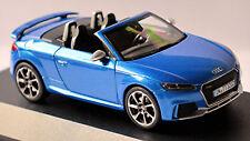 Audi TT RS Roadster Ara Blue 1//43 iScale Dealer Pack Voiture Model Car 10532