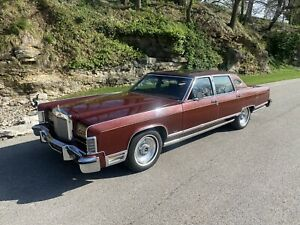 1979 Lincoln Town Car Moon roof