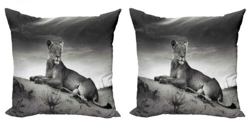 Schwarz und weiß 2 Teiliges Kissenbezugs Set wilde Löwin