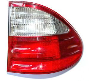 Mercedes-E-Klasse-S210-Kombi-Heckleuchte-rechts-aussen-W210-Ruecklicht-A2108205464