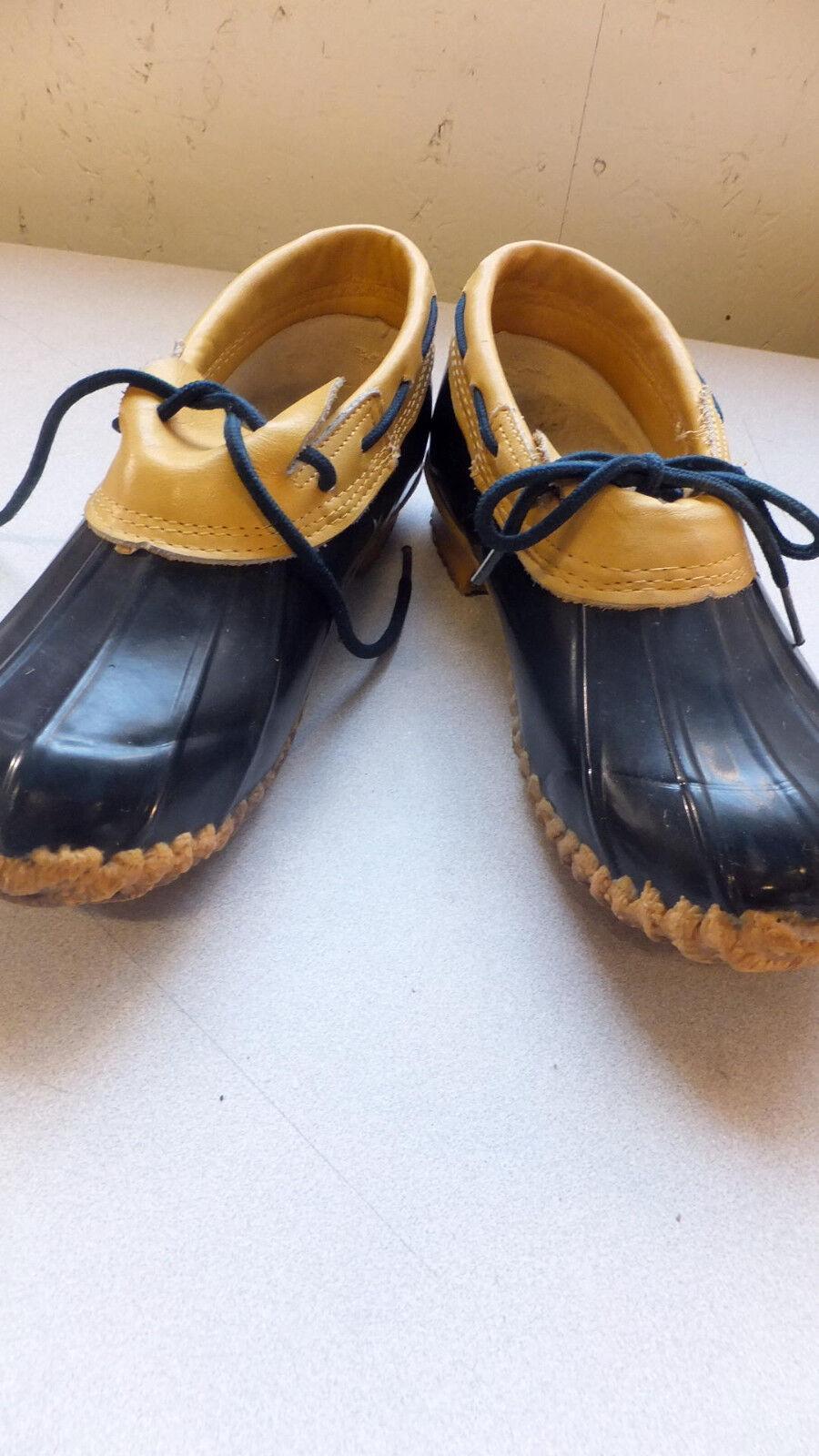 """Used """"Jennifer Originals"""" Rubberized Winter Shoes, Women's size 8, waterproof"""