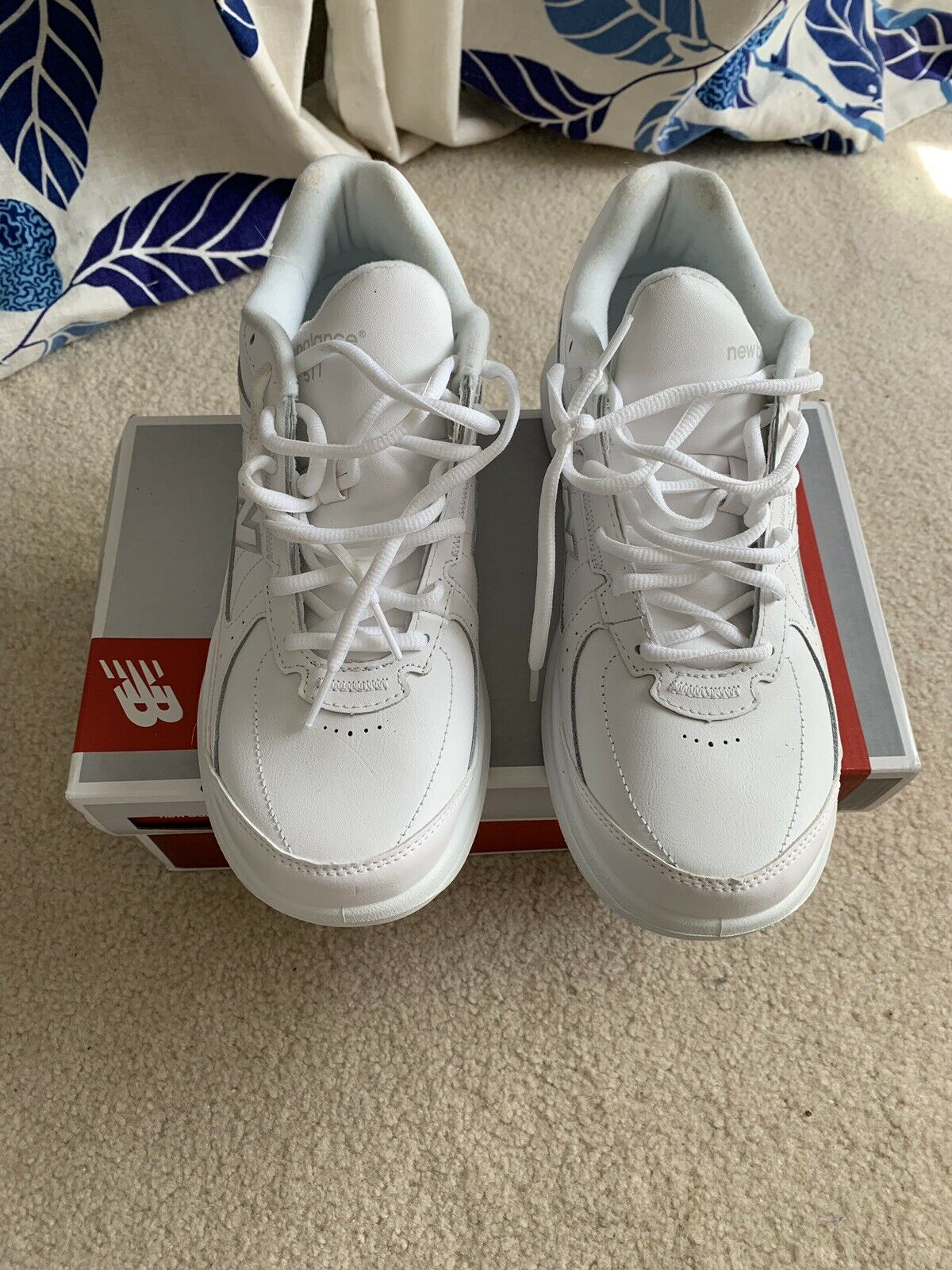 New Balance blanc chaussures de marche New in Box WW577WT