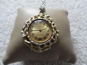 Vintage-Pilgrim-17-Jewels-Wind-Up-Necklace-Pendant-Watch
