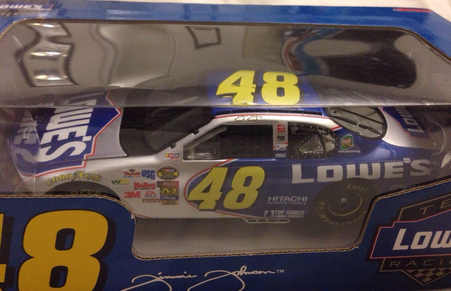 1 24 Action  RCAA 2005 2005 2005 LOWE'S MONTE CARLO SS JIMMIE JOHNSON RARE ef71d5