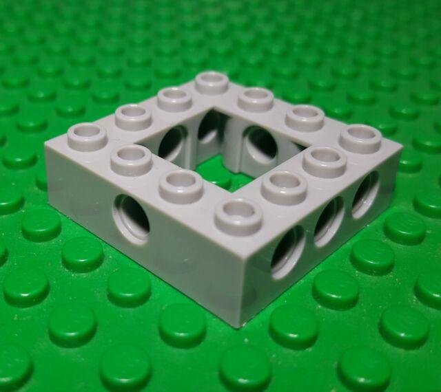 part no 3001 8x Lego Brick 2 x 4 in Green