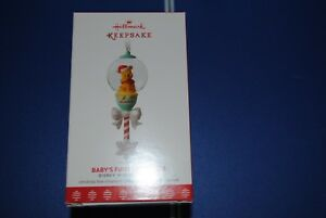 2017-HALLMARK-Keepsake-Ornament-Baby-039-s-First-Christmas-Winnie-the-Pooh-New