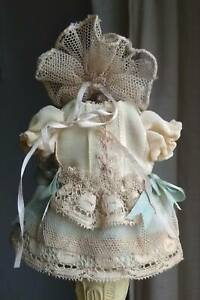 Beautiful-silk-Bebe-doll-dress-and-hat-German-French-antique-doll-mignonette