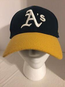 b173baf7c87 Oakland Athletics A s Hat Cap 39 Thirty Team Classic Stretch Flex ...