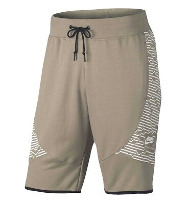 834304-051 New with tag Nike Men/'s International French Terry fleece shorts