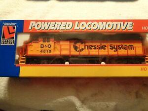 H-O-Locomotive-Chessie-System-GP-38