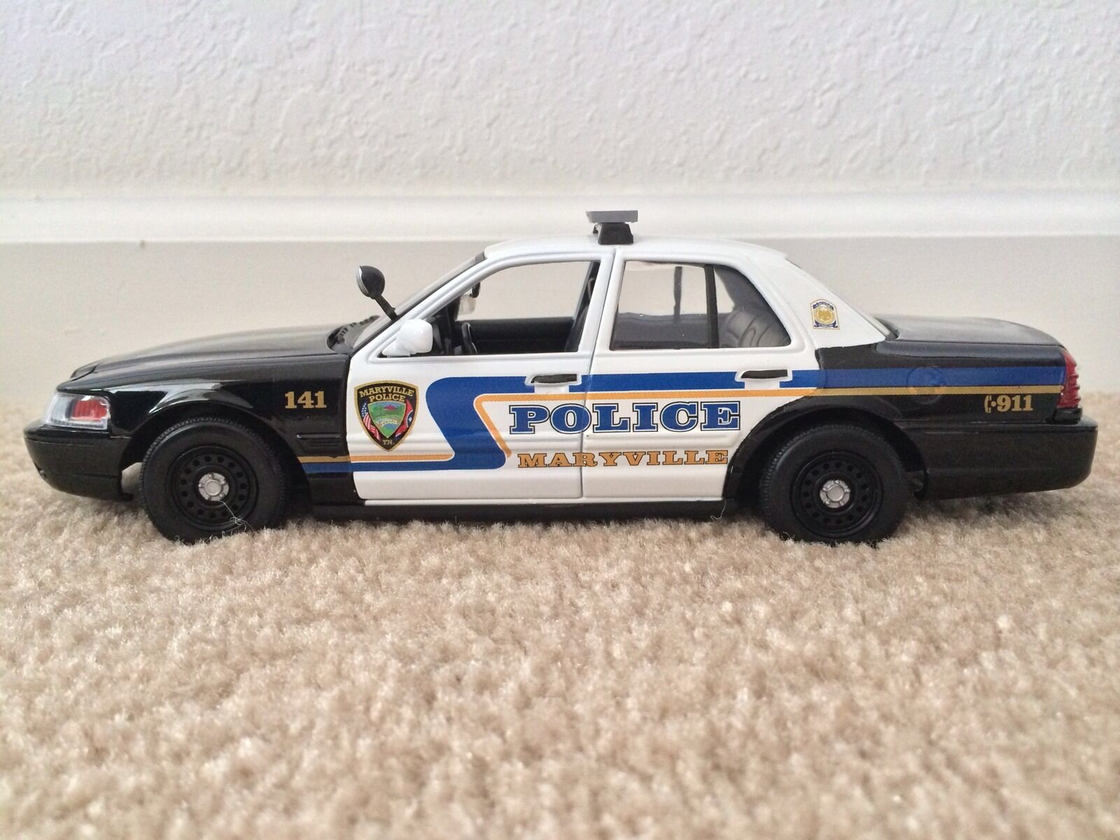 Maryville Tennessee Police Department diecast car Motormax 1 24 scale