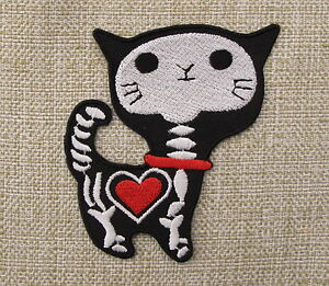 CUTE-BLACK-SKELETON-CAT-Iron-On-Sew-On-Patch-Emo-Goth-Punk-Rockabilly