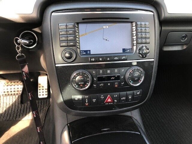 Mercedes R350, 3,5 aut. 4-M, Benzin
