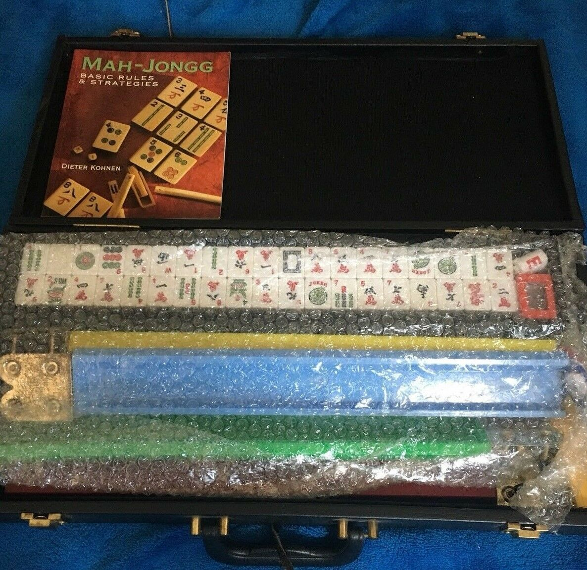 Deluxe Mah Jongg Board Game In Leather Carrying Case with Book