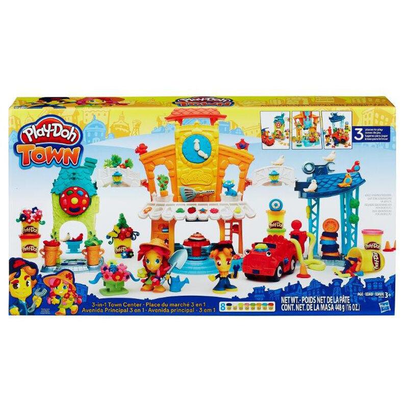 Play-Doh Town Meet & Make Center NEW