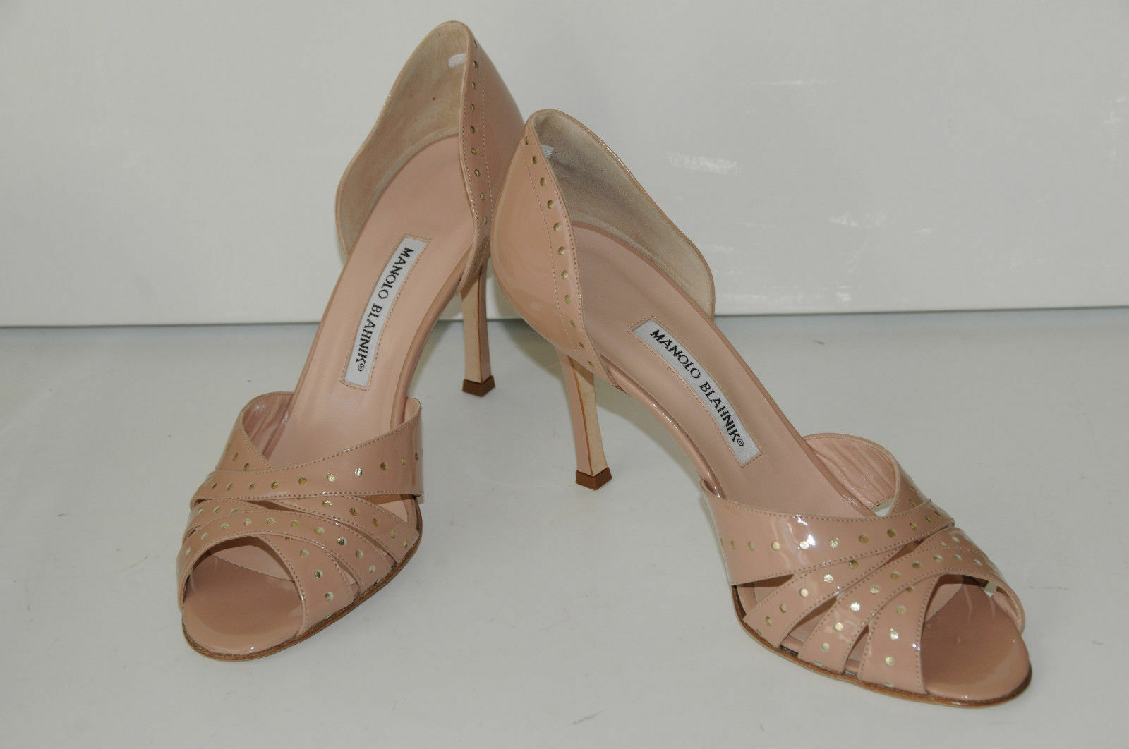 875 NEW MANOLO BLAHNIK PERFO PERFO PERFO FLESH Nude BEIGE PATENT LEATHER dorsay  chaussures 41 9f3125
