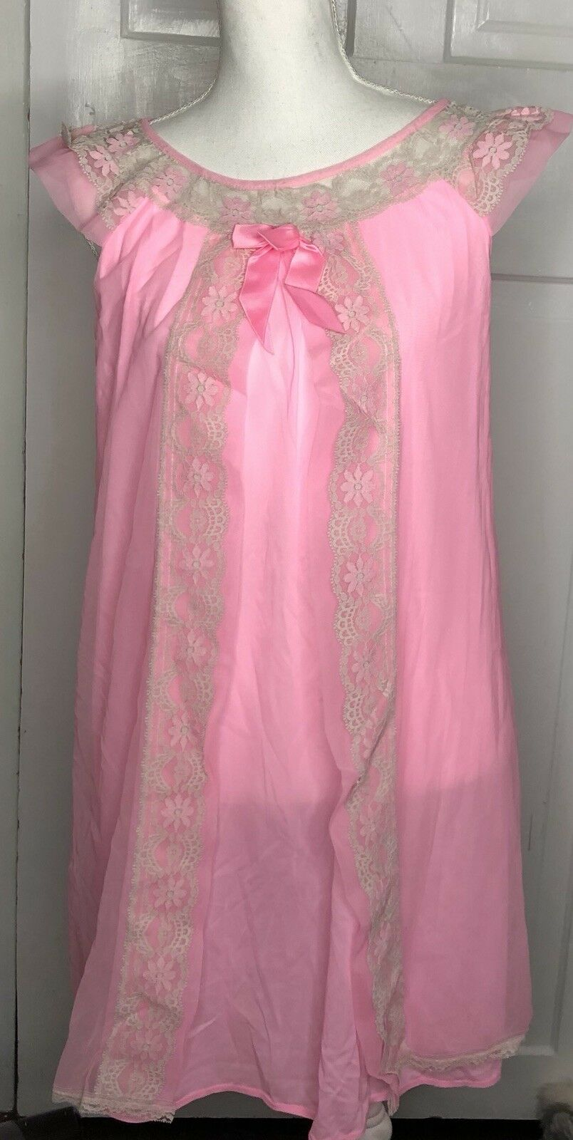 Medium VINTAGE NIGHT GOWN 1970's PINK NYLON Tulle NOS U.S.A. Open Front Lace