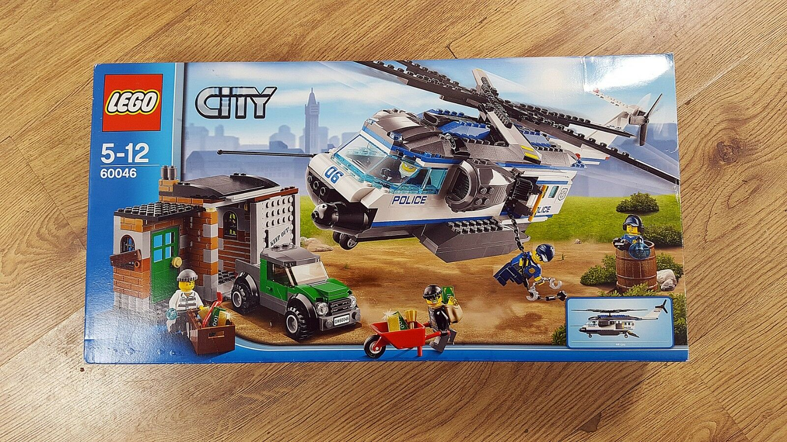 LEGO City 60046 Helicopter Surveillance (2016)     New, Unopened. Great Condition  08779e