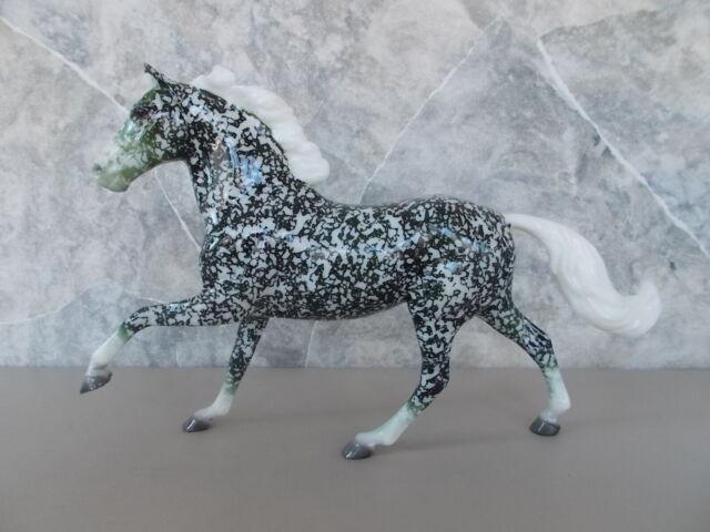 Breyer 2015 Christmas Web Special Ivy Glossy Dappled Green Decorator Flash 350