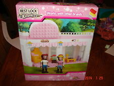 New Kimmy Best Lock CONSTRUCTION TOY Pink Cafe with Bibi & Tina 160+ pieces