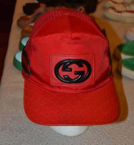 Gucci Snapback Cap Red