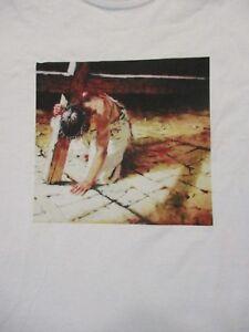 L-white-JESUS-CHRIST-RELIGIOUS-CRUCIFIX-t-shirt-by-GILDAN