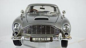 JOYRIDE-1-18-1965-ASTON-MARTIN-DB5-James-Bond-007-GOLDFINGER-gadget-auto-giocattolo