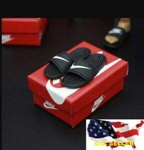 098c361c04b076 1 6 scale Nike Slides Sandals Slippers shoes   hot toys phicen 12 ...