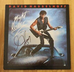 ORIGINAL-Autogramm-von-David-Hasselhoff-auf-VINYL-12-034-034-NIGHT-ROCKER-034