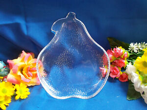 LOVELY-TEXTURED-PEAR-SHAPE-PLATE-HAND-MADE-SMOOTH-TOP-20-cm-LONG-x-16-W-827