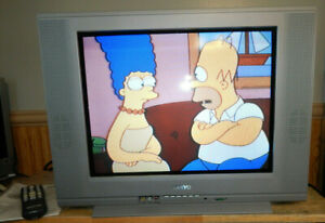 Sanyo ds20425 20 inch Tru Flat CRT Color TV Television Retro Gaming TV w/ Remote