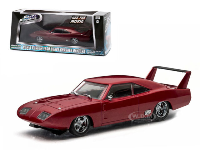 DOM'S FAST AND FURIOUS 6 1969 DODGE CHARGER DAYTONA MAROON 1/43 GREENLIGHT 86221