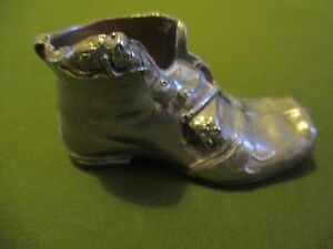 Vintage-Silver-Coloured-Boot-with-Mouse